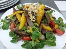 Salata gurman cu muschiulet de vita